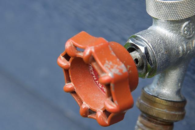 Che cosa ogni proprietario di abitazione deve sapere sul loro sistema idraulico